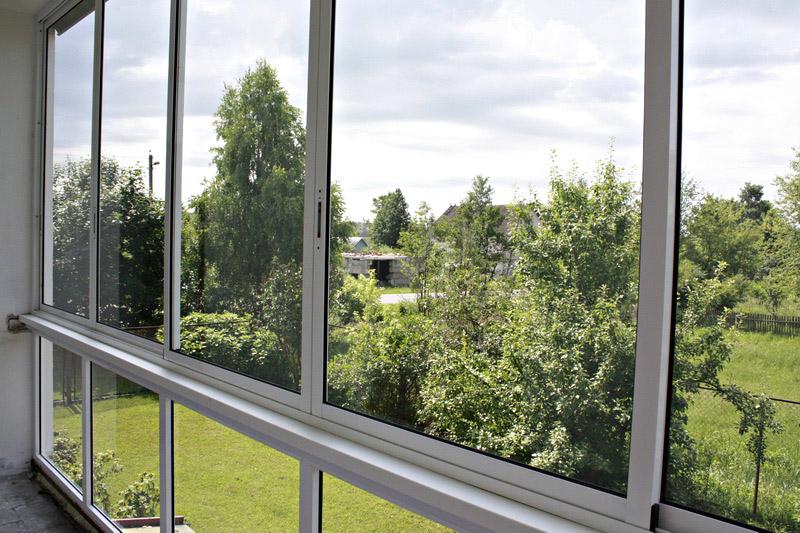 osteklenie-balkonov-alyuminievym-profilem.jpg